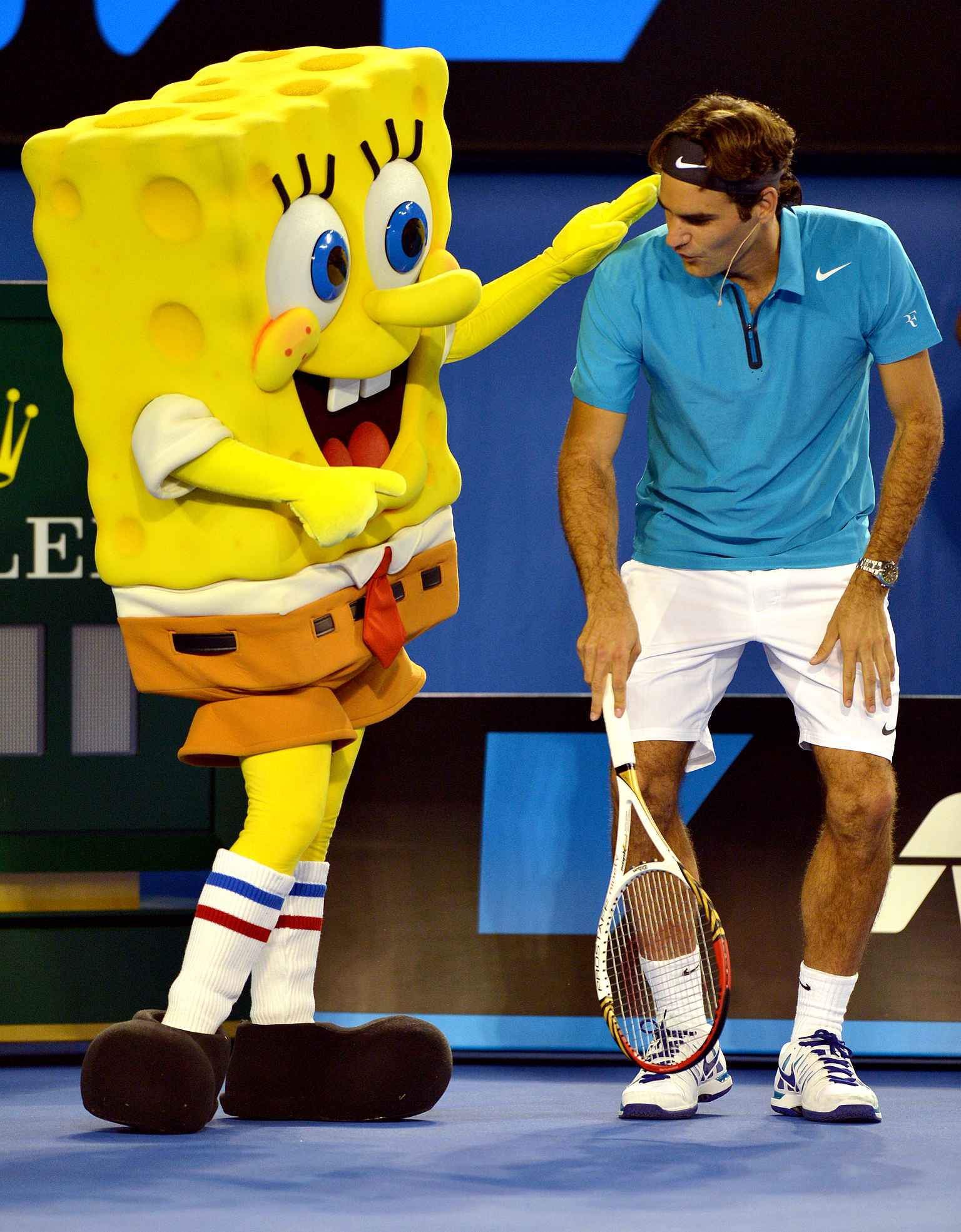 roger-federer-of-switzerland-r-db23-diaporama
